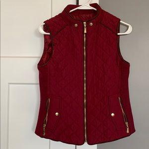 Maroon zipper vest
